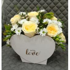 Flower box - Heart with chrysanthemum