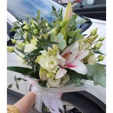 Bouquet - Fragrant lilies